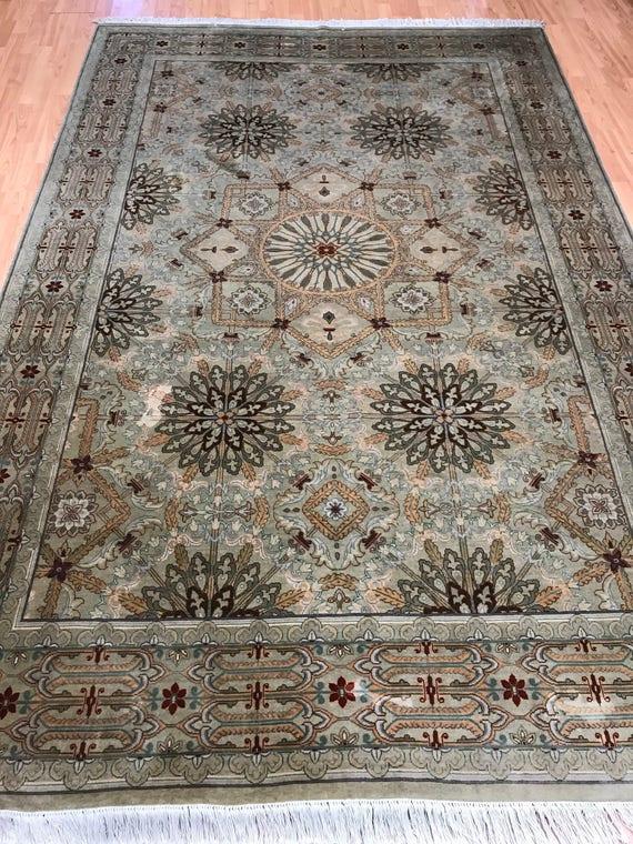 "6'1"" x 9'1"" Pakistani Persian Design Oriental Rug - Hand Made - 100% Wool"