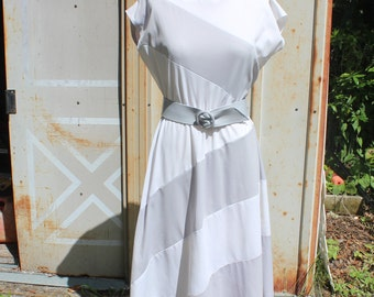 Emily Dress   1970's/80s Mod White & Silver Diagonal Stripe Dress   Belted Polyester Go Go Shift Dress -M/L