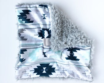 AZTEC BLUES >> baby boy blanket, baby girl blanket, soft cuddle blanket, minky blanket, stroller blanket, faux fur blanket, pla