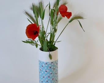 Earthenware vase style Liberty