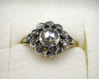 Diamond, antique gold ring with old mine cut diamonds