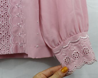 Vintage Light Blush Pink Embroidered Eyelet Button Down Women's Blouse Size S M L