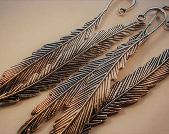 Great Value Antique Silver Feather Bookmark, 117mm Gift Bookmark, Wonderful Gift at Incredible Price!! T62