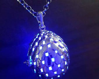 Dragon egg glowing pendant necklace LED - Choose your color
