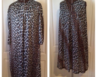 Vintage Early 60's Vanity Fair Leopard Print Shift Lingerie Set Large