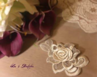 Train weddings Venice ivory lace flower clip brooch * 3 lace *.