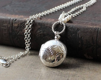 June Birthstone Locket, Round Locket Necklace, White Pearl Locket, Sterling Silver Locket Pendant Push Gift for Mom, Engraved Locket Pendant