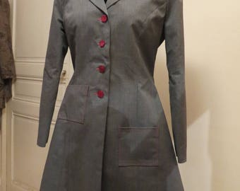 Gray long jacket, lined red, semi fitted