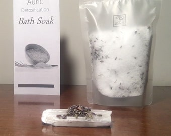 "Auric Healing Selenite Detox Bath Soak - Infused with selenite powder to cleanse and protect your aura & body. Includes a 3"" selenite wand"