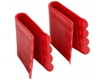 Set Of 2 Anti Scald Grips High heat resistance.