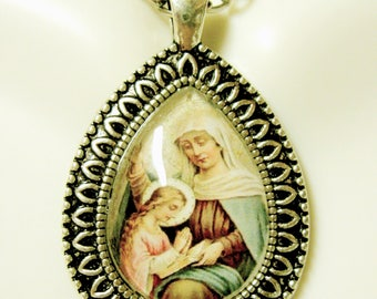 Saint Anne with Mary pendant with chain - AP15-080