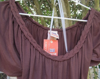 Woman / Ladies   sleeveless  brown   Tank / top  size  12 / 14  NWT