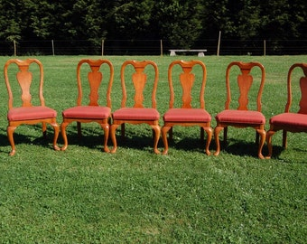 Quality Six Matching Queen Anne Style Dining Chairs