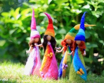 Arco iris elfs, waldorf inspirado, aguja fieltro fieltro, lana, escultura, decoración casera, regalo