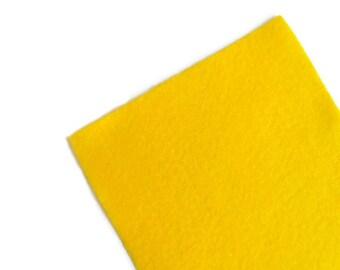 Fieltro Amarillo, fieltro artesania, rollo fieltro, fieltro muy suave al tacto, fieltro acrilico, fieltro de gran calidad