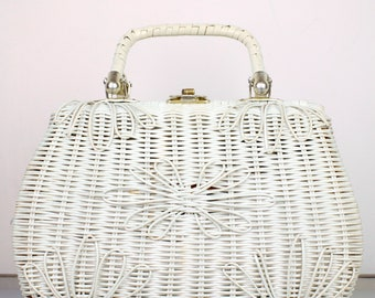Vintage White Wicker Bag Woven Rattan Double Strap Twist Lock 1960s Iconic Macy's Retro Women's Mad Men Handbag Purse