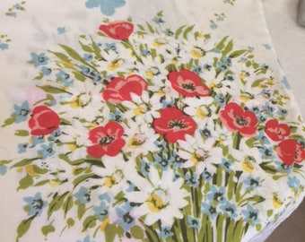 Vintage percale pillowcase, daisies and poppies, free shipping!
