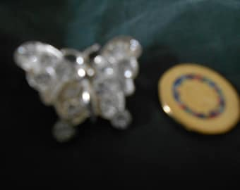 Sparkly butterfly brooch (pn)