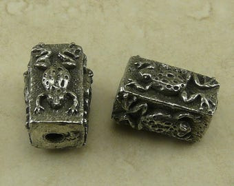 Frog Box Green Girl Bead Garden Creature Amphibian Toad Froggy Focal Large Hole Rain Forest American Artist Made Lead Free Pewter Silver 212