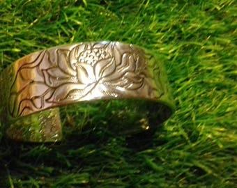 Zen bracelet and its registration Chinese appeasing and regenerative gemstones