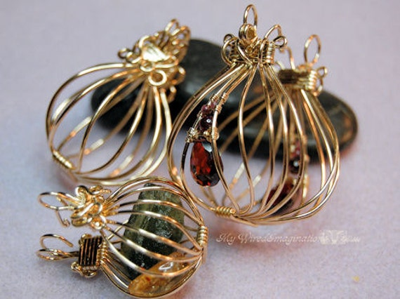 Tutorial for wire wrap pendants 2 hinged cages and a locket mozeypictures Image collections