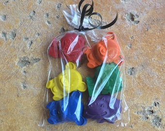 Zoo Animal Crayons Party Favors 10-25 bags- Circus Party- Animal Crayons