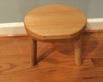 Oak Stool, Round Top with Flat