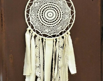 Doily Dream Catcher Cream