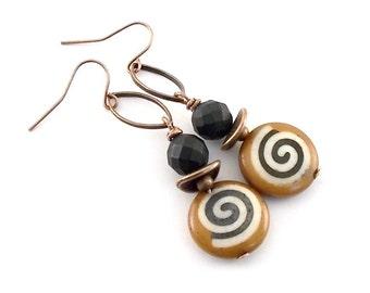 Handmade Tan and Black Swirl Earrings, Antique Copper Earrings, Round Earrings, Tan Earrings, Black Earrings, Swirl Earrings, Boho, E112