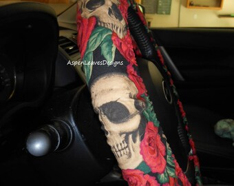 Grinning skulls steering wheel cover. Red roses and skulls. Custom made for you. Seat belt covers. Key fob. Horror car accessories.