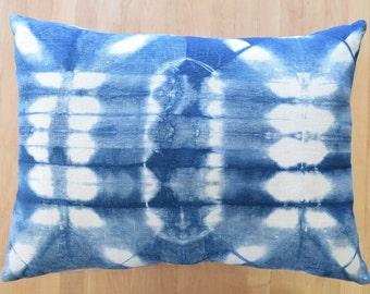 Shibori Pillow /Abstract Shibori Pillow/ Linen Throw Pillow / Boho Decor
