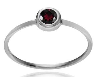 Garnet ring,92.5% sterling silver garnet ring,silver ring