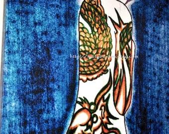 Fille avec un tatouage de Dragon - impression sur toile (16 x 20)