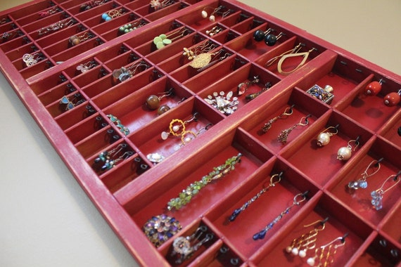 Jewelry organizer Display Red