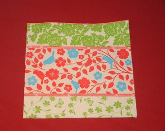 "paper flowers ""flowers"" theme towel"