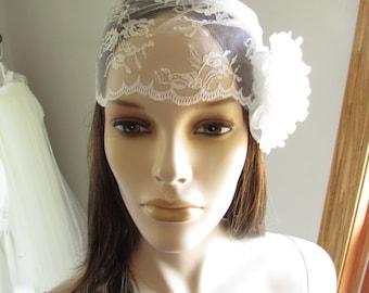SALE Bridal veilcap, Vintage inspired lace cap.