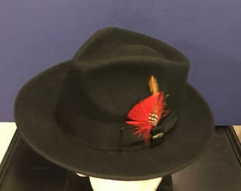 Vintage Men's Black Hat Scala Classico New Yorker  Size XL Wool Fedora Hat Red Feathers Accent