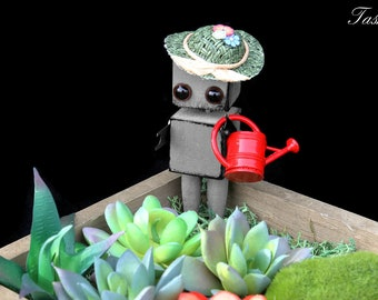 Succulent Terrarium Planter, Miniature Air Plant, Robot Garden Gift Terrarium