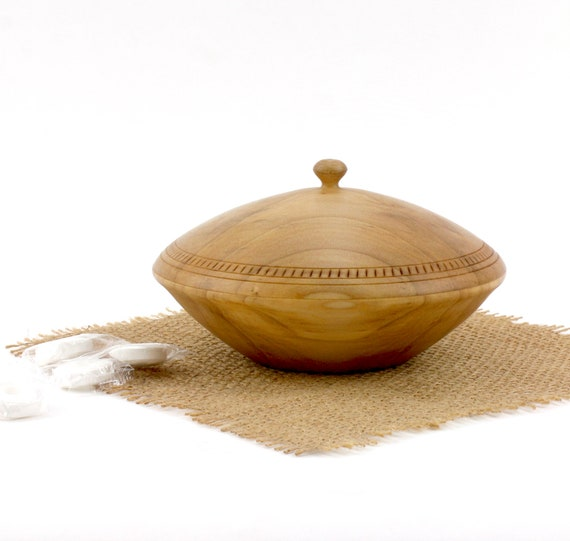 Wooden Maple Round Box, Maple Bowl with a Cover,Jewelry Box, Box,Candy Dish,Trinket box