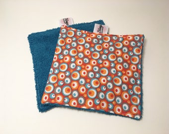 Set of 3 reusable sponge and cloth wipes.