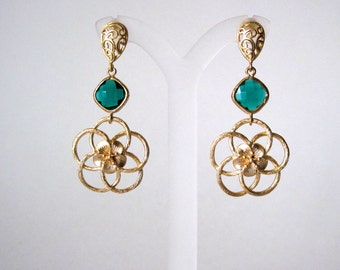Gold and emerald green earrings