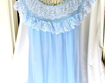 Vintage Lingerie, vintage nightgown. 70s nightgown, blue nightgown, full length nightie, bridal shower gift, honeymoon nightgown, nightgown