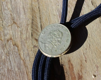 Great Old Mexican Coin Bolo Tie Cinco Pesos 1972 Black with Silver Tone Medallion and Tips