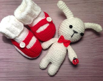 Baby shoes baby booties set baby bootees and toy amigurumi girl shoes newborn crochet boots