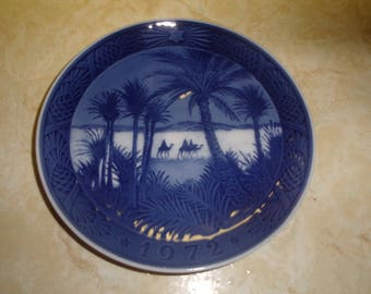 vintage royal copenhagen christmas plate 1972 in the desert