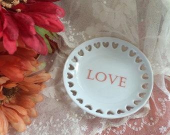 """Round Mini Tray with Hearts  - """"LOVE"""""""