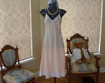 "Vintage 1950s Silky Glossy Satin Rayon Full Slip, Petticoat Size 34"" UK 10-12, US 6-8 (471)"