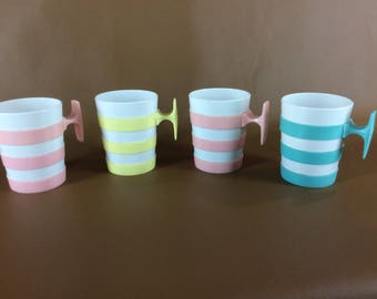 Set of 4 vintage pastel striped plastic mugs by DEKA