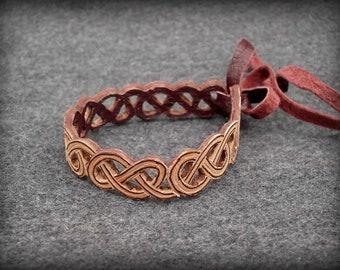 Bracelet made of leather, small bracelet, braided ornament