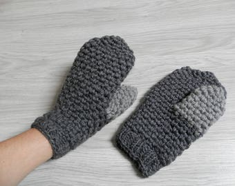 Very warm gloves gray mittens